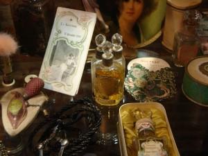 parfums et objets de la toilette
