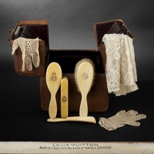 louis vuitton nécessaire de toilette 300x300 Louis Vuitton : un précieux nécessaire de toilette