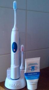 Emmi dent 164x300 Emmi dent : une brosse à dent à ultrasons