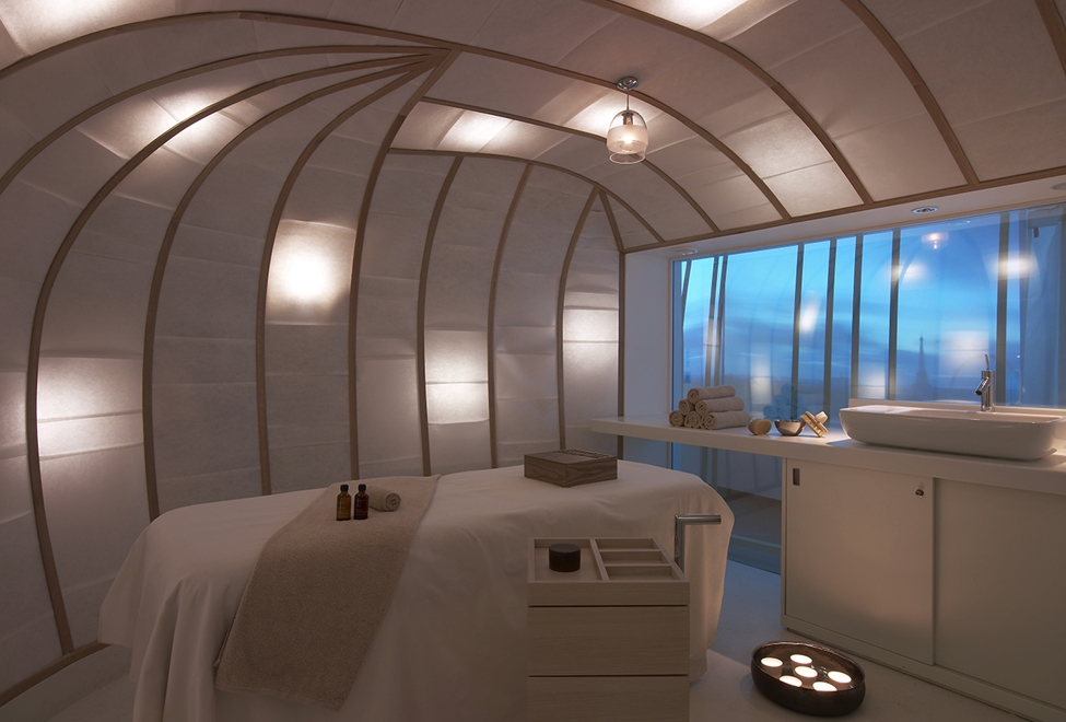 mon massage sp cial future maman au spa six senses pure beaut. Black Bedroom Furniture Sets. Home Design Ideas