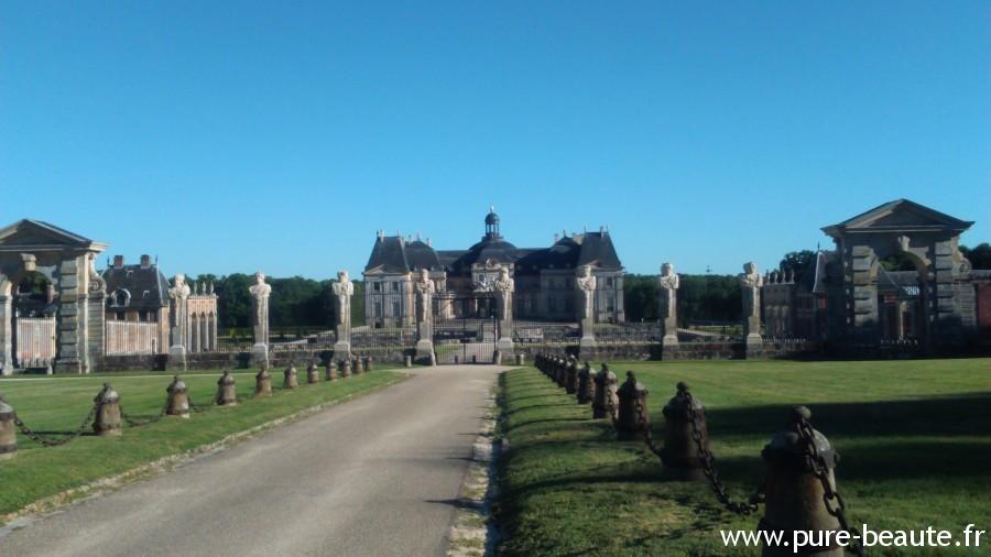 Château Vaux-le-Vicomte - cotés cours