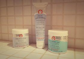 Les indispensables pour le visage avec First Aid Beauty